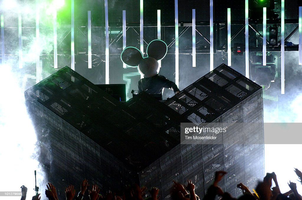 Joel Zimmerman aka Deadmau5 performs as part of the Sasquatch Music Festival at the Gorge Amphitheatre on May 29, 2010 in George, Washington.