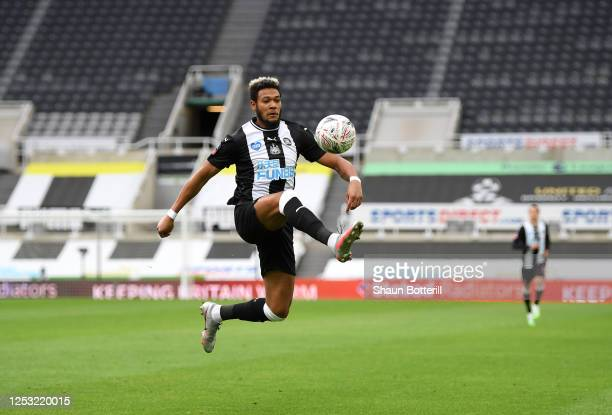 Joelinton of Newcastle United controls the ball during the FA Cup Quarter Final match between Newcastle United and Manchester City at St James Park...