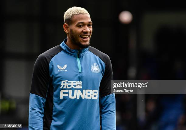 Joelinton of Newcastle United FC warms up during the Premier League match between Crystal Palace and Newcastle United at Selhurst Park on October 23,...