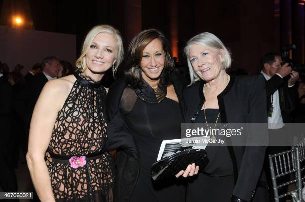 Joely Richardson Donna Karan and Vanessa Redgrave attend the 2014 amfAR New York Gala at Cipriani Wall Street on February 5 2014 in New York City