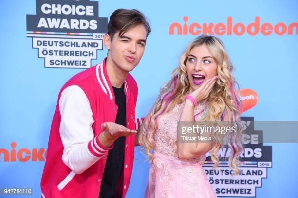 Joely White and his sister Chany Dakota during the Nickelodeon Kids Choice Awards on April 6 2018 in Rust Germany