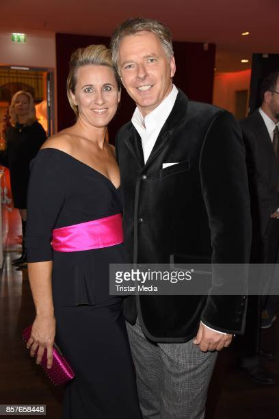 Joerg Pilawa and his wife Irina Pilawa attend the 'Helden des Alltags' Gala at Theater Kehrwieder on October 4 2017 in Hamburg Germany