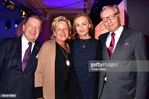 Joerg Woltmann Kerstin Woltmann Sigrid Streletzki and Ekkehard Streletzki during the 21th Gala 'Berliner Meisterkoeche' on October 21 2017 in Berlin...
