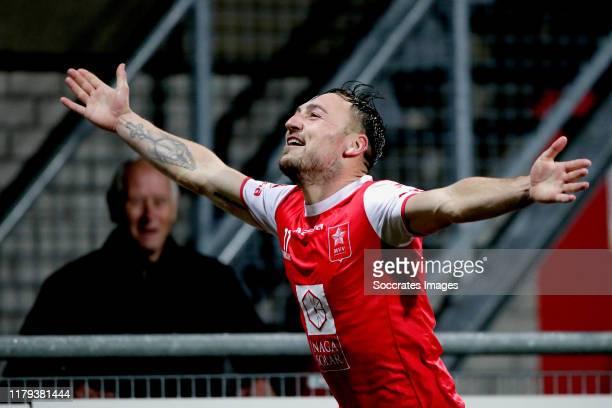 Joeri Schroijen of MVV Maastricht celebrates the 3-2 during the Dutch Keuken Kampioen Divisie match between MVV Maastricht v Almere City at the...