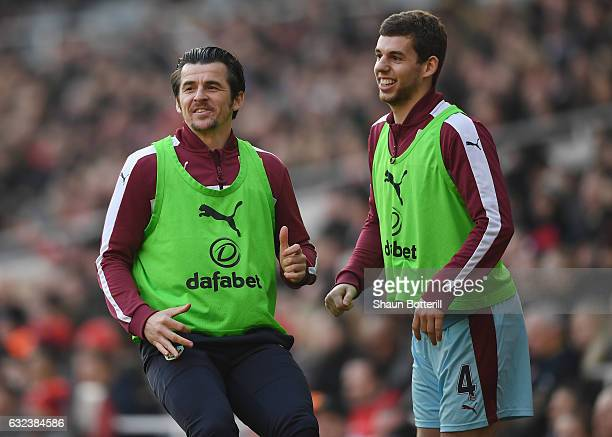 Joey Barton and Jon Flanagan of Burnley warm up during the Premier League match between Arsenal and Burnley at the Emirates Stadium on January 22...