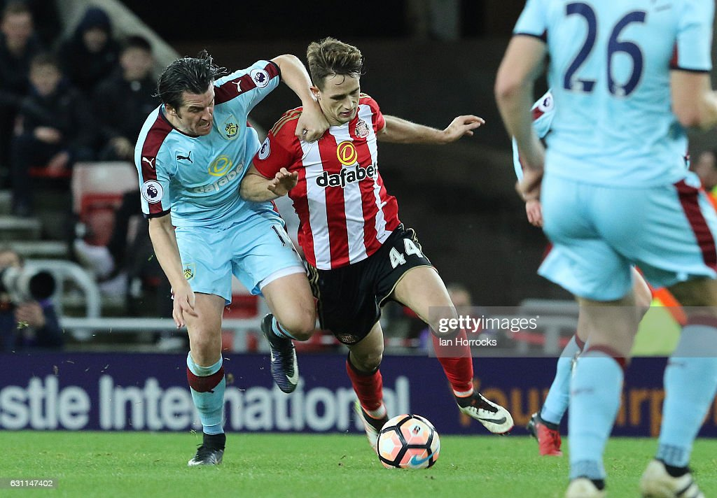 Sunderland v Burnley - The Emirates FA Cup Third Round : News Photo