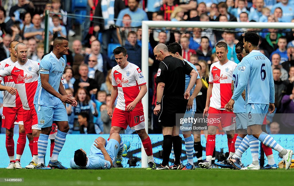 Manchester City v Queens Park Rangers - Premier League : ニュース写真