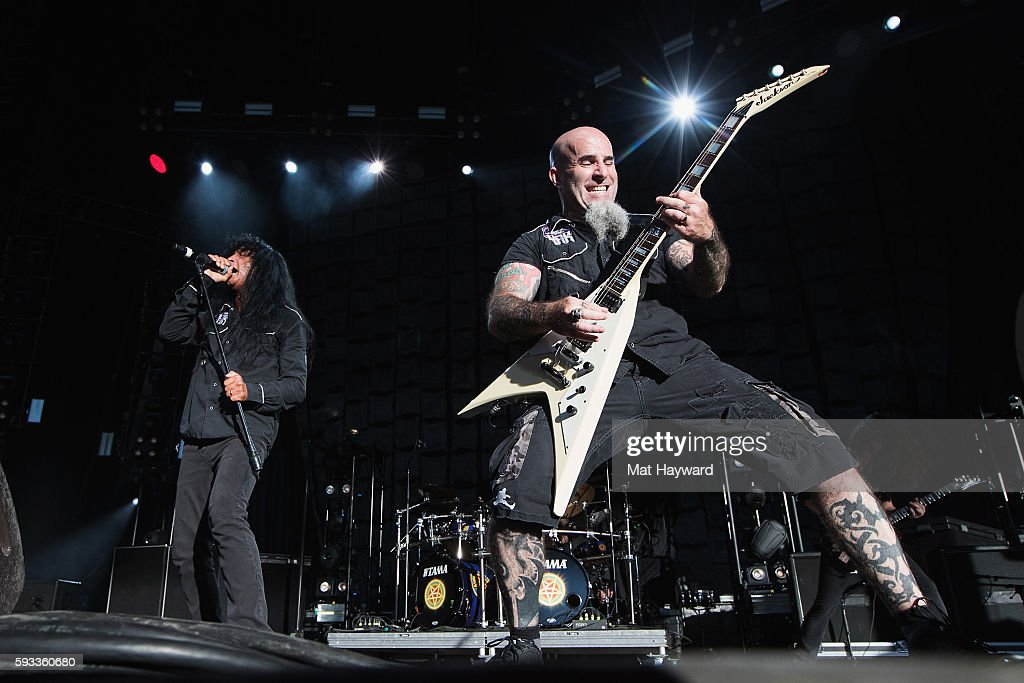 Joey Belladonna (L) and Scott Ian of Anthrax performs on stage during the 99.9 KISW Pain In The Grass music festival at White River Amphitheatre on August 21, 2016 in Auburn, Washington.