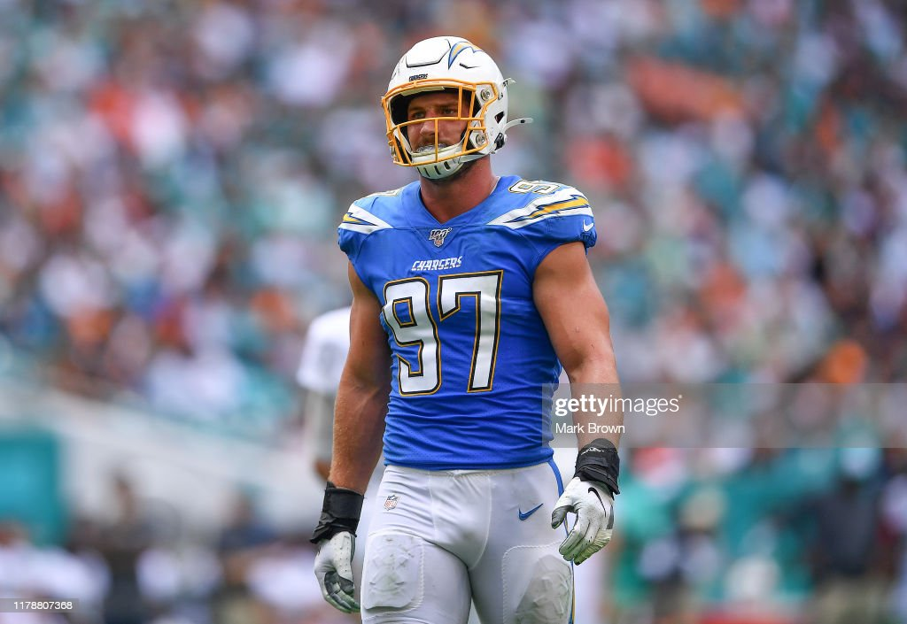 Los Angeles Chargers vMiami Dolphins : News Photo