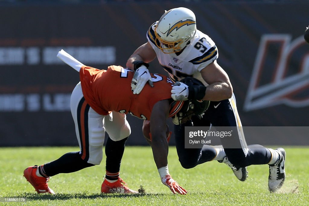 Los Angeles Chargers v Chicago Bears : ニュース写真