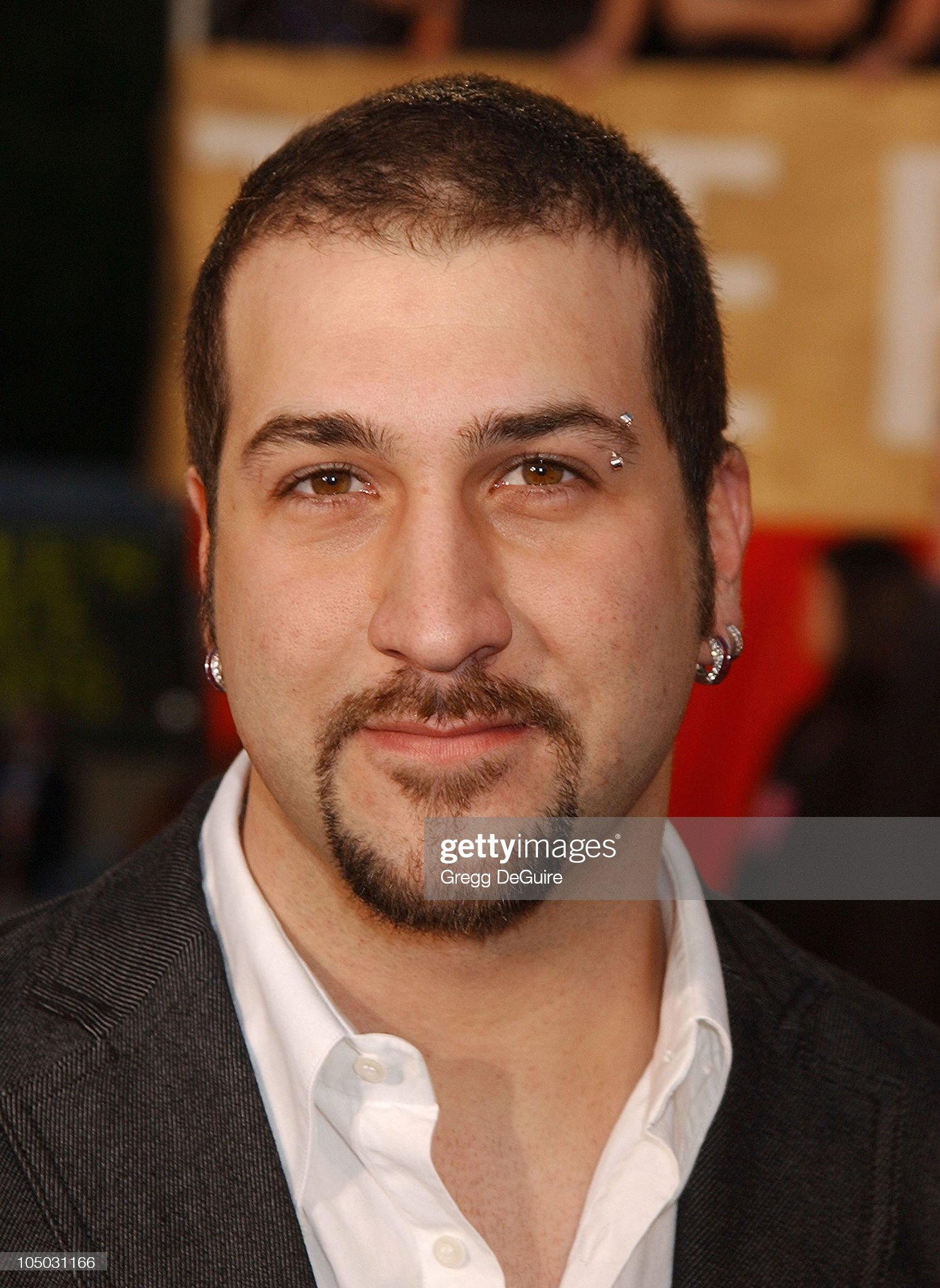 Pueblo Italiano - Página 13 Joey-fatone-during-the-29th-annual-peoples-choice-awards-arrivals-by-picture-id105031166?s=2048x2048