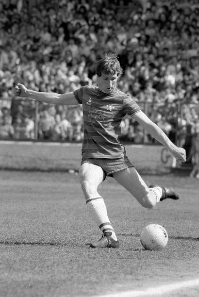 Joey Jones of Chelsea passes the ball during the English Division Two match between Chelsea and Leeds United held on April 28, 1984 at Stamford...