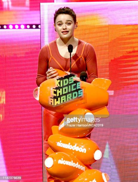Joey King accepts the Favorite Movie Actress award for 'The Kissing Booth' onstage at Nickelodeon's 2019 Kids' Choice Awards at Galen Center on March...