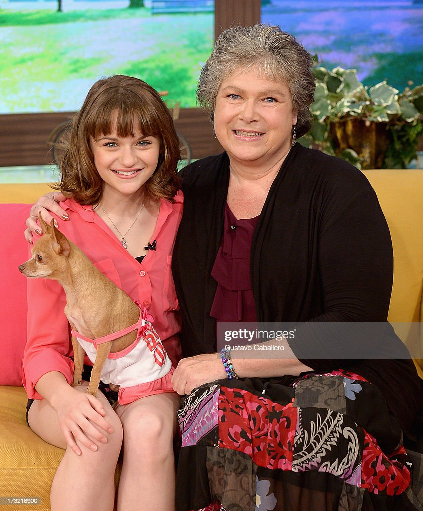 Joey King and Andrea Perron visits Univisions 'Despierta America at Univision Headquarters on July 10, 2013 in Miami, Florida.