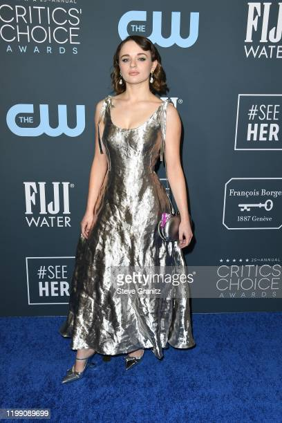 Joey King attends the 25th Annual Critics' Choice Awards at Barker Hangar on January 12, 2020 in Santa Monica, California.