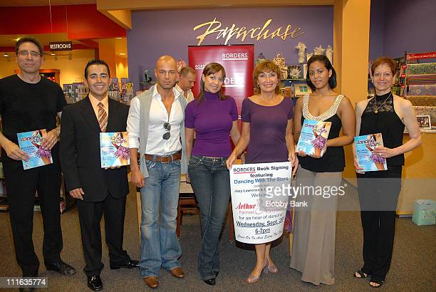 Joey Lawrence Elena Grinenko and members of Arthur Murray's Dance Studio at Borders Bookstore Bridgewater New Jersey signing Dancing With the Stars...