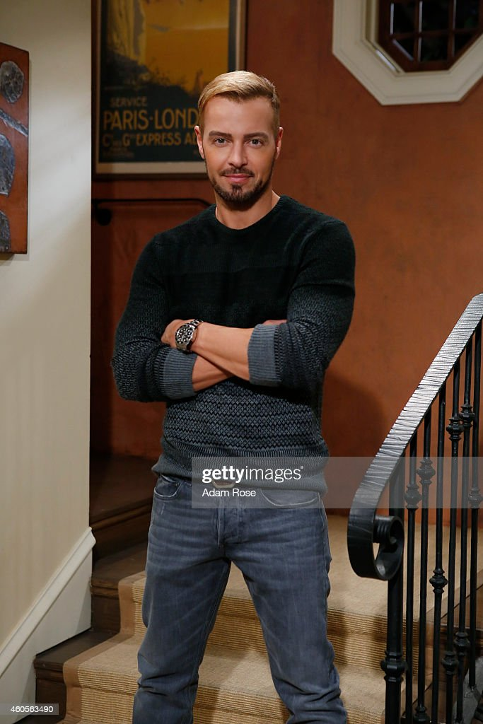 MELISSA & JOEY - Joey Lawrence stars as Joe on ABC Family's 'Melissa & Joey.'