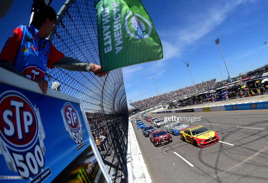 VA: Monster Energy NASCAR Cup Series - STP 500
