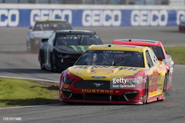 Joey Logano, Team Penske, Ford Mustang Shell Pennzoil: Kurt Busch, Chip Ganassi Racing, Chevrolet Camaro Monster Energy during the running of the...