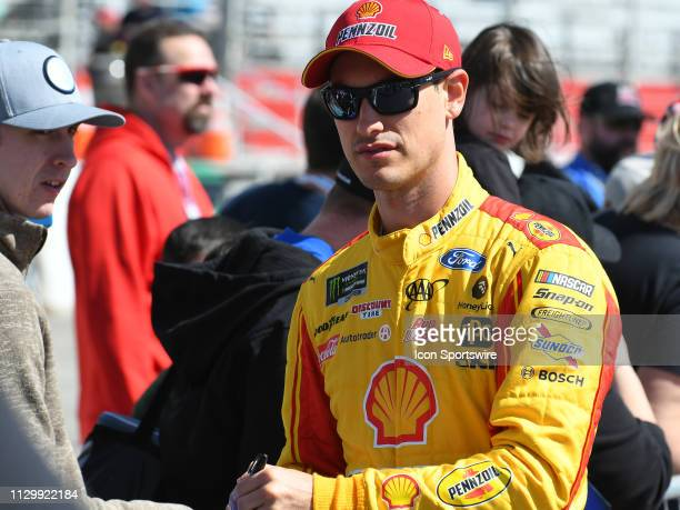 Joey Logano, Team Penske, Ford Mustang Shell Pennzoil signs autographs before the Monster Energy Cup Series Folds of Honor QuikTrip 500 on February...