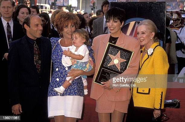 Joey Luft, actress Lorna Luft and daughter Vanessa Hooker, actress/singer Liza Minnelli and Lee Minnelli attend the Hollywood Walk of Fame Star...