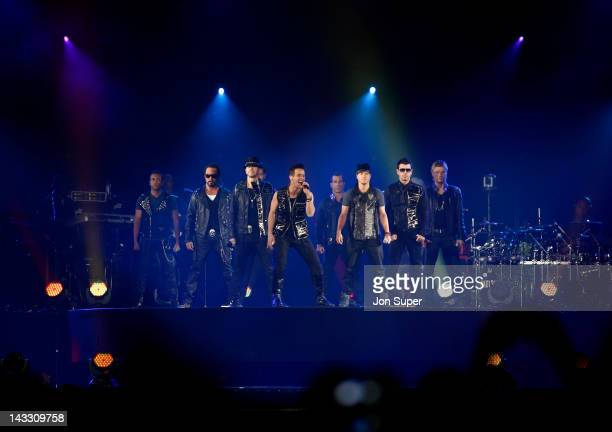 Joey McIntyre A J McLean Jordan Knight Howie Dorough Jonathan Knight Donnie Wahlberg Brian Littrell Danny Wood and Nick Carter of New Kids On The...