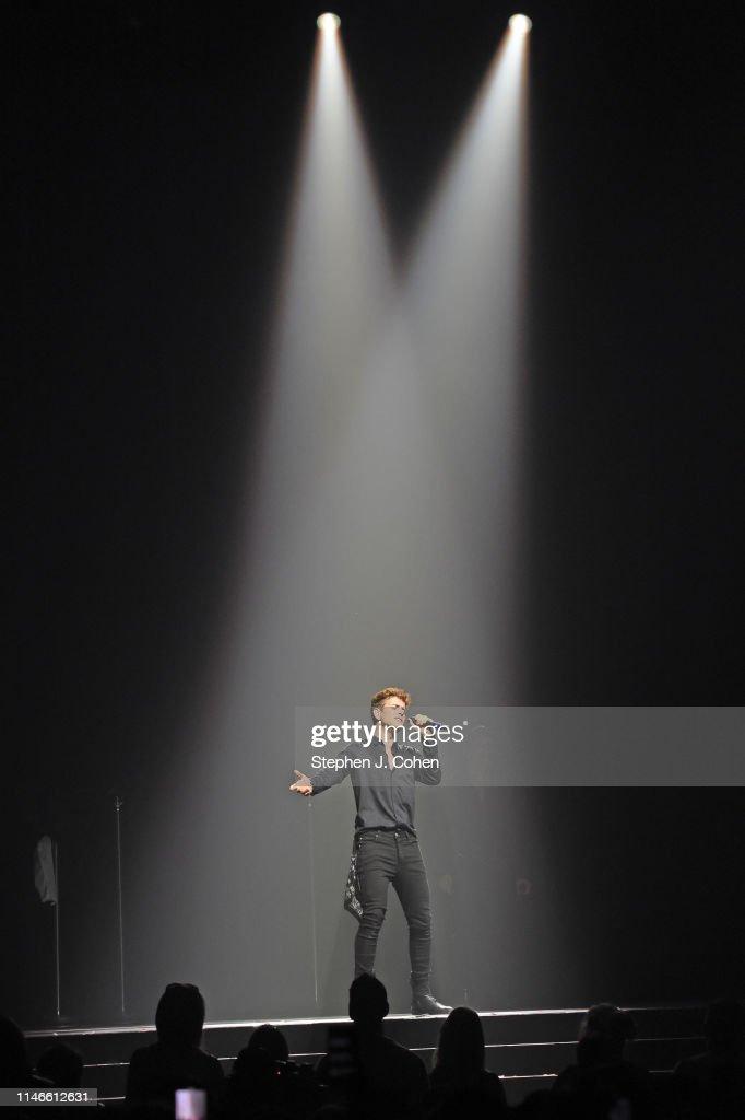 New Kids On The Block In Concert - Cincinnati, OH : News Photo