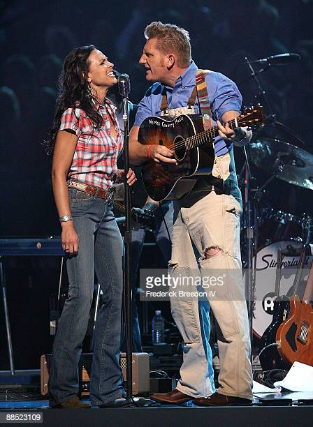Joey & Rory perform on stage during the 2009 CMT Music Awards at the Sommet Center on June 16, 2009 in Nashville, Tennessee.