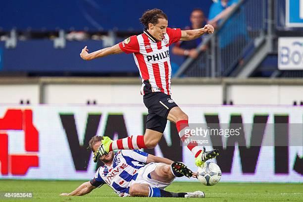 Joey van den Berg of sc Heerenveen Andres Guardado of PSV during the Dutch Eredivisie match between sc Heerenveen and PSV Eindhoven at Abe Lenstra...