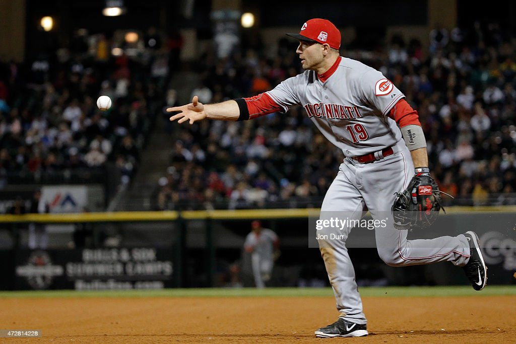 Joey Votto #19 of the Cincinnati Reds throws to first base for the out against the Chicago White Sox during the sixth inning in the second game of a doubleheader on May 9, 2015 at U.S. Cellular Field in Chicago, Illinois. The Chicago White Sox won 8-2.