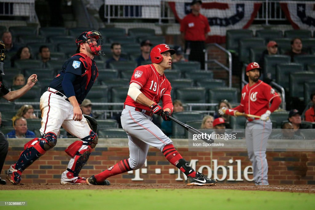 MLB: MAR 25 - Reds at Braves : News Photo