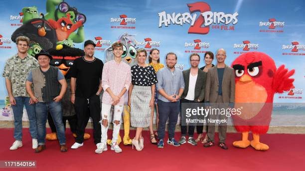 Joey's Jungle, Axel Prahl, Smudo, Lukas Rieger, Anke Engelke, Christiane Paul, Axel Stein, Ralf Schmitz, Anja Kling and Christoph Maria Herbst attend...