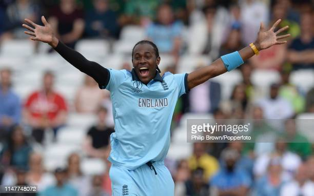 Jofra Archer of England appeals unsuccessfully during the ICC Cricket World Cup Group Match between England and Pakistan at Trent Bridge on June 3,...