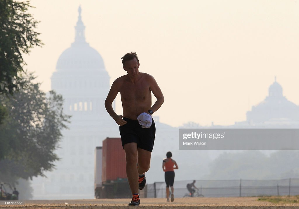 How far to run around the national mall