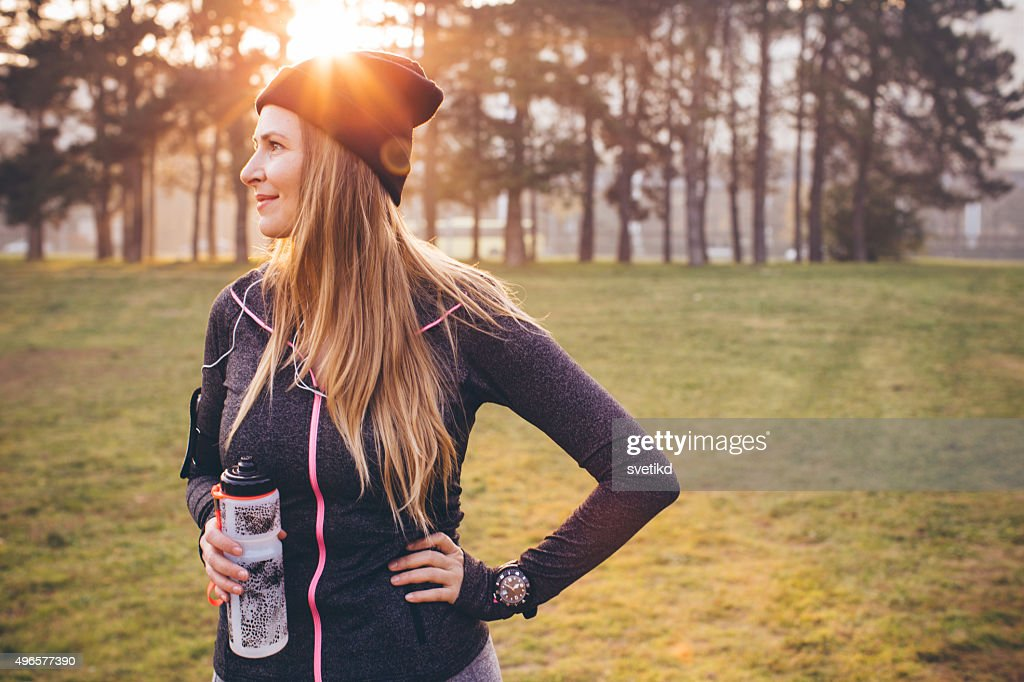 Jogging on fresh air can help me stay fit : Stock Photo