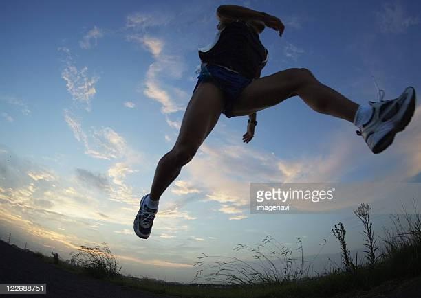 jogging - grand angle photos et images de collection