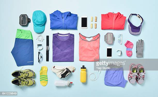 jogging supplies shot knolling style. - knolling concept stock pictures, royalty-free photos & images