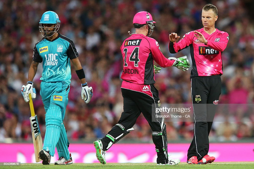 Big Bash League - Sydney Sixers v Brisbane Heat