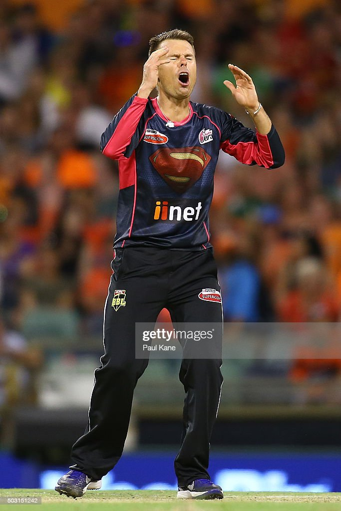 Big Bash League - Perth Scorchers v Sydney Sixers