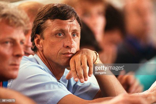 Johan Cruijff coach of Barcelona looks on during the Champions League round 1 match between FC Barcelona and Viking Stavanger at the Camp Nou Stadium...