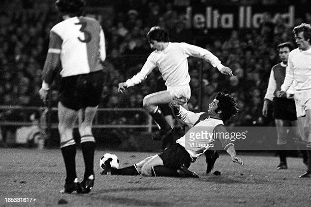 Johan Cruijff of Ajax Theo Laseroms of Feyenoord during the Dutch Eredivisie match between Feyenoord and Ajax at De Kuip on april 15 1972 in...