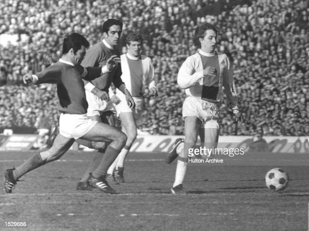 Johan Cruyff of Holland in action for Ajax during a European cuptie against Benfica in Amsterdam Ajax won the match 30 to go through to the final...