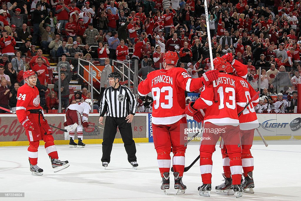 Phoenix Coyotes v Detroit Red Wings