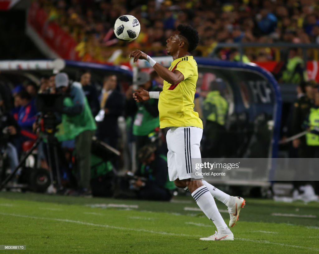 Johan Mojica of Colombia controls the ball during a training session open to the public as part of the preparation for FIFA World Cup Russia 2018 on May 25, 2018 in Bogota, Colombia.