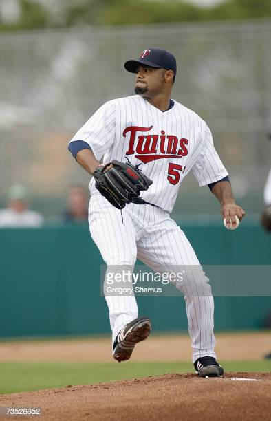 Johan Santana of the Minnesota Twins delivers the pitch during a Spring Training game against the Boston Red Sox on March 4, 2007 at Hammond Stadium...