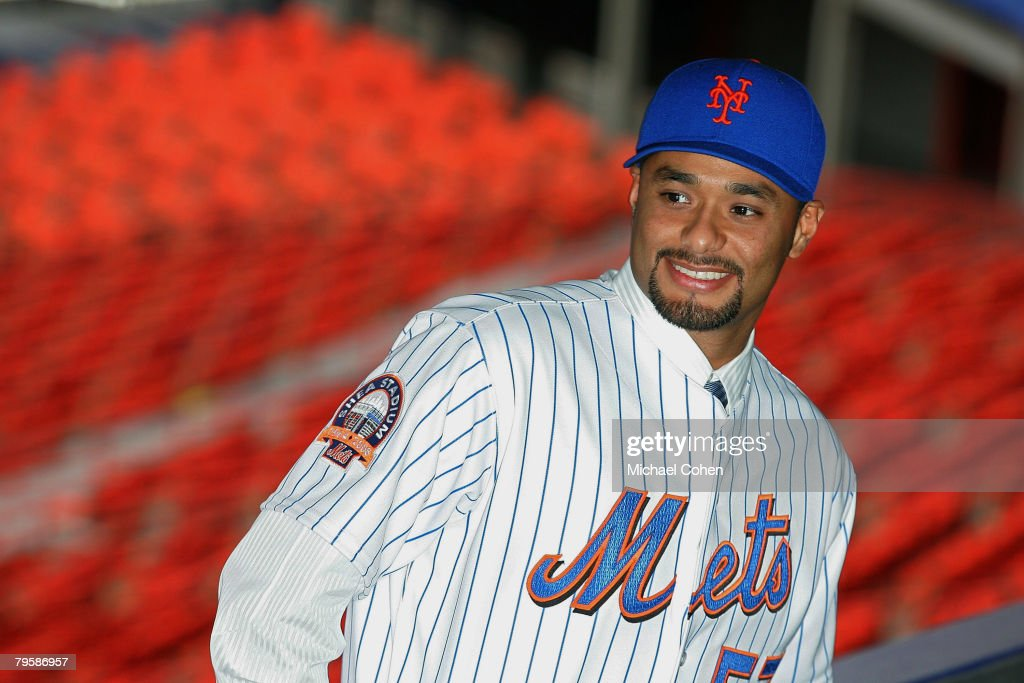 New York Mets Introduce Johan Santana