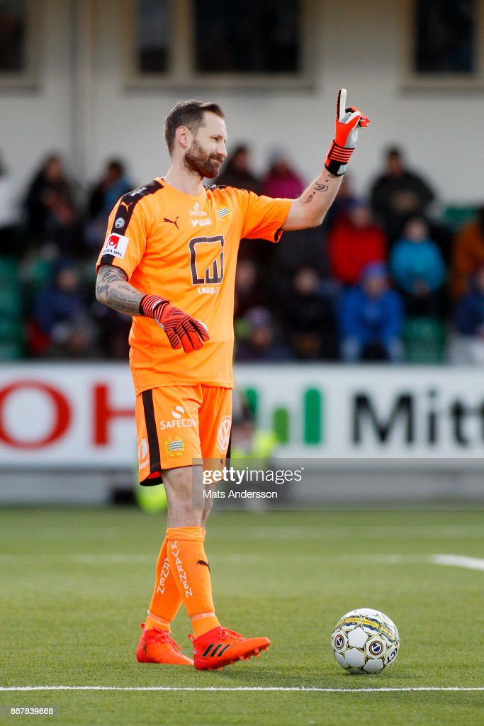 Johan Wiland, goalkeeper of Hammarby IF during the Allsvenskan match between GIF Sundsvall and Hammarby IF at Norrporten Arena on October 29, 2017 in Sundsvall, Sweden.