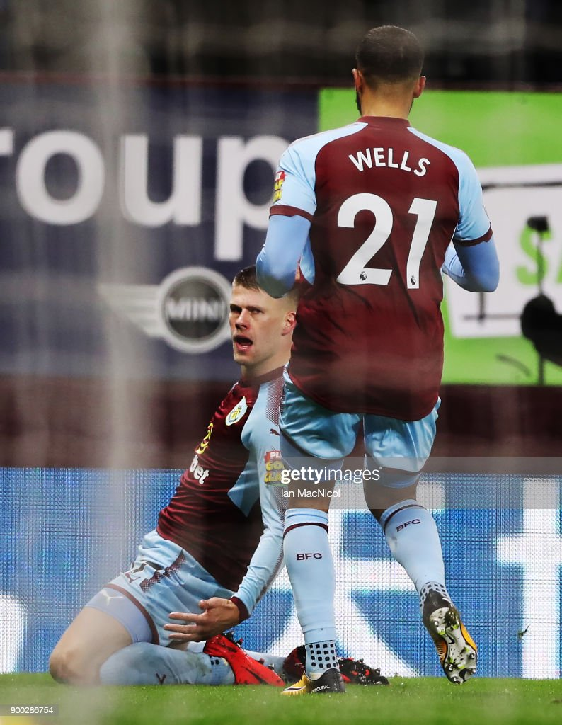 Johann Guomundsson of Burnley celebrates after he scores during the Premier League match between Burnley and Liverpool at Turf Moor on January 1, 2018 in Burnley, England.