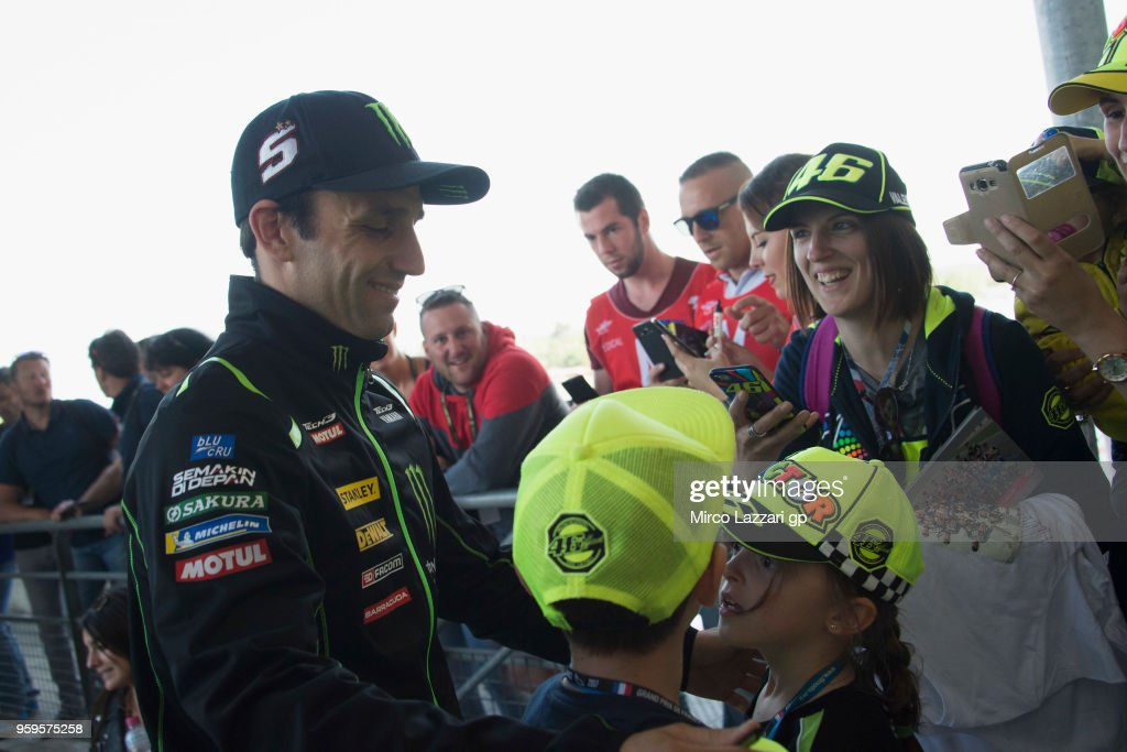 Johann Zarco of France and Monster Yamaha Tech 3 signs autographs for fansbefore the press conference during the MotoGp of France - Previews on May 17, 2018 in Le Mans, France.