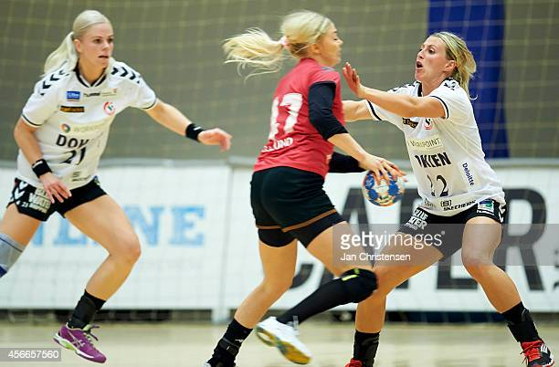 Johanna Ahlm of Team Esbjerg defend during the Danish Handball Liga match between Copenhagen Handball and Team Esbjerg in Frederiksberg Hallen on...